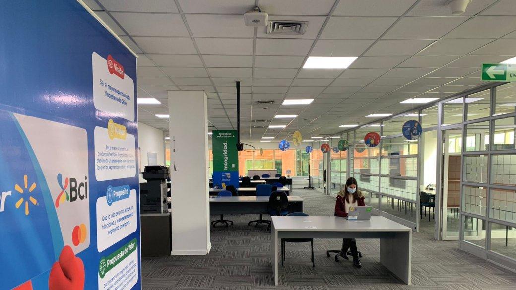 Lider Bci lanza innovador programa de retorno a la oficina: colaboradores elegirán dónde y cómo trabajar